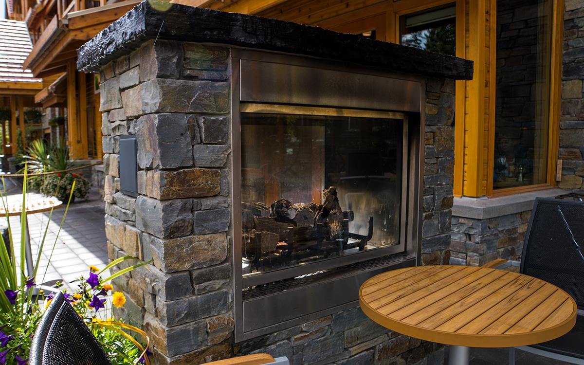 Exterior Fireplace – Moose hotel